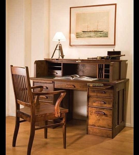 """Письменный стол """"руло""""."""