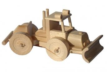 Dřevěný traktor na dřevo - lakatoš