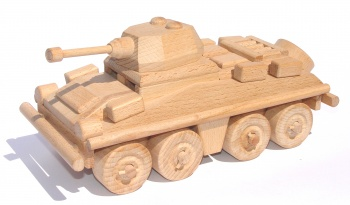 Dřevěný transportér se skrýší